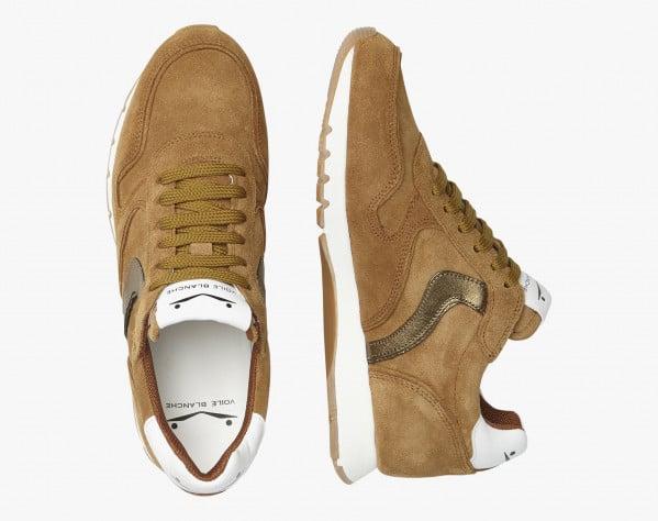 JULIA - Sneaker in suede con dettagli metallizzati - Cognac