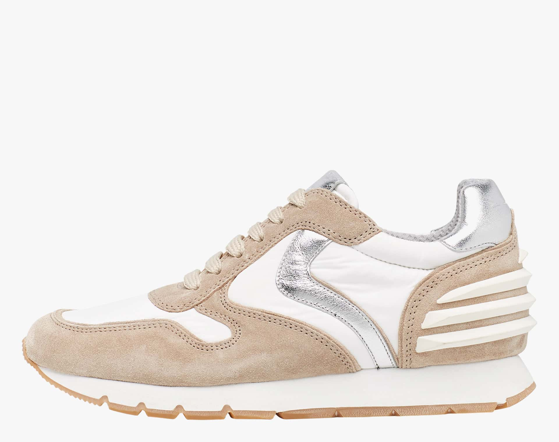 Sneaker in suede vintage con dettagli argento Beige-JULIA POWER