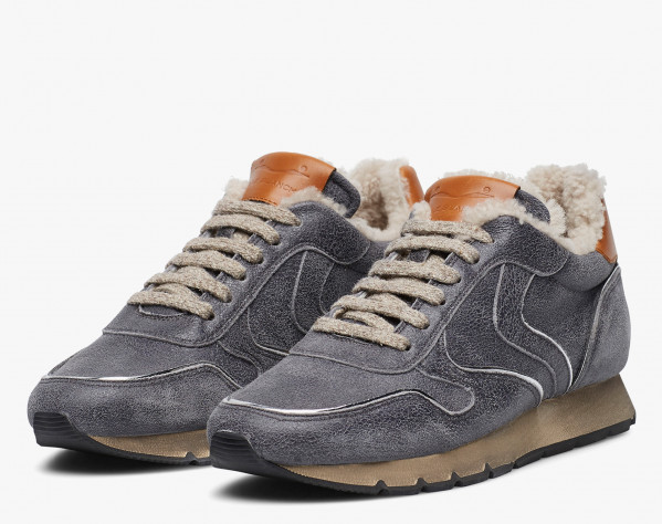 JULIA FUR - Sneakers in leather with silver piping - Grey
