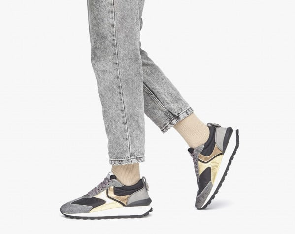 QWARK WOMAN - Pony hair sneakers with laminated details - Black