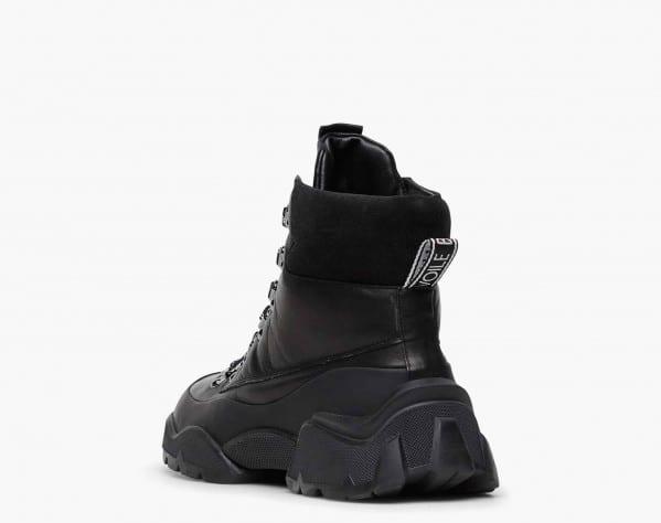 CAT 02 - Leather trekking sneakers - Black