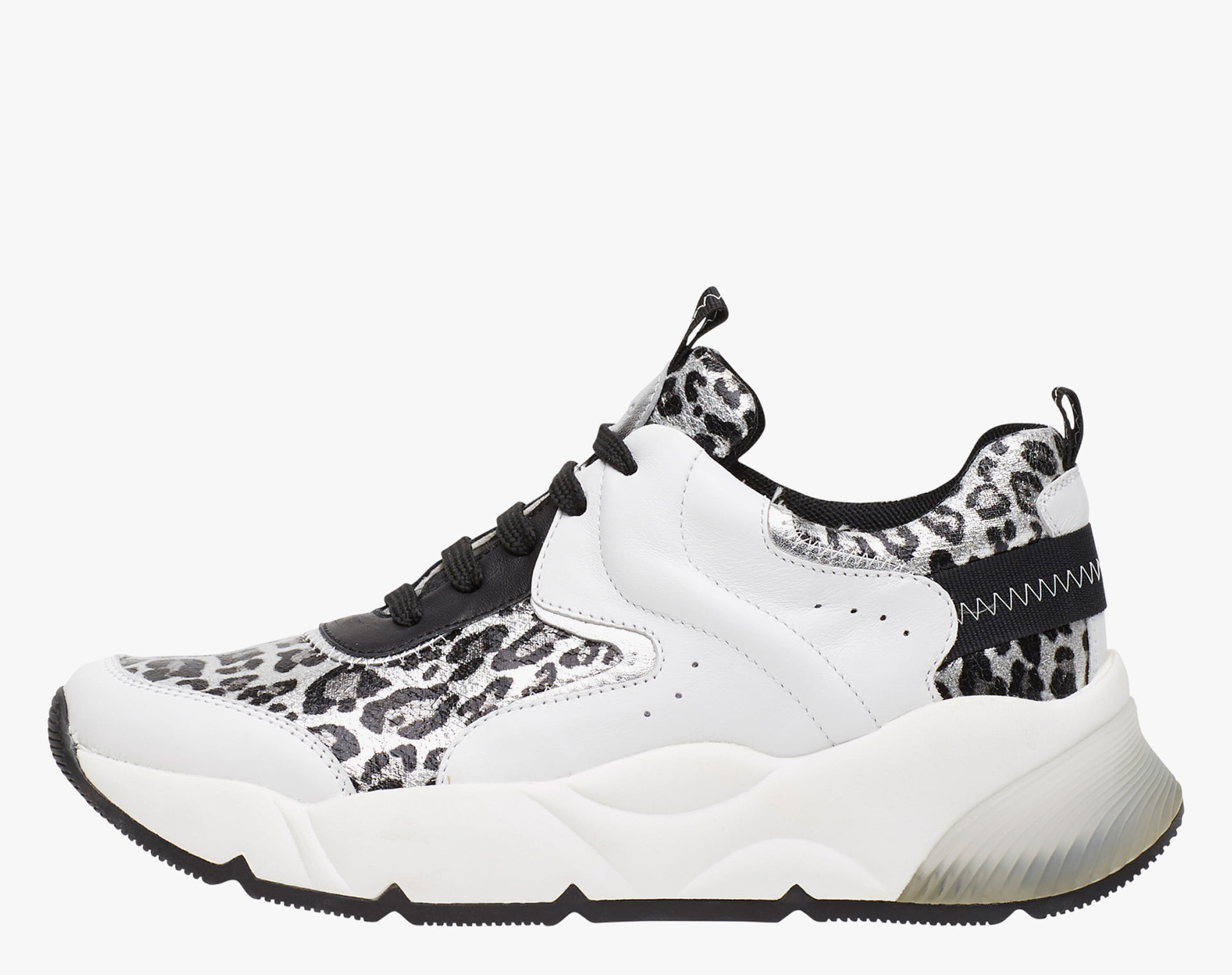 JENNIE - Sneakers with laminated animal print leather  - White/Black