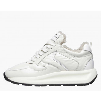 FLOWEE PUMP FUR - Shearling-lined patent leather sneakers - White
